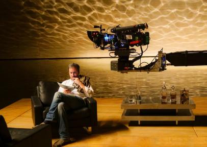 Director Denis Villeneuve on set for BLADE RUNNER 2049.