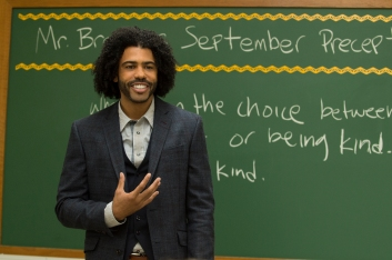 Daveed Diggs co-stars in WONDER
