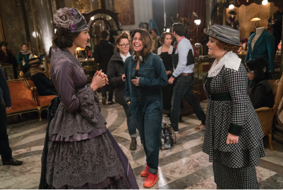 Patty Jenkins directs Gal Gadot and Lucy Davis in WONDER WOMEN