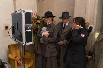 Gal Gadot, Chris Pine, and director Patty Jenkins on set in WONDER WOMEN